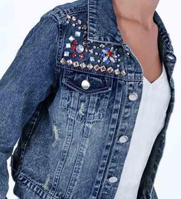 como-customizar-roupas-com-pedrarias-011